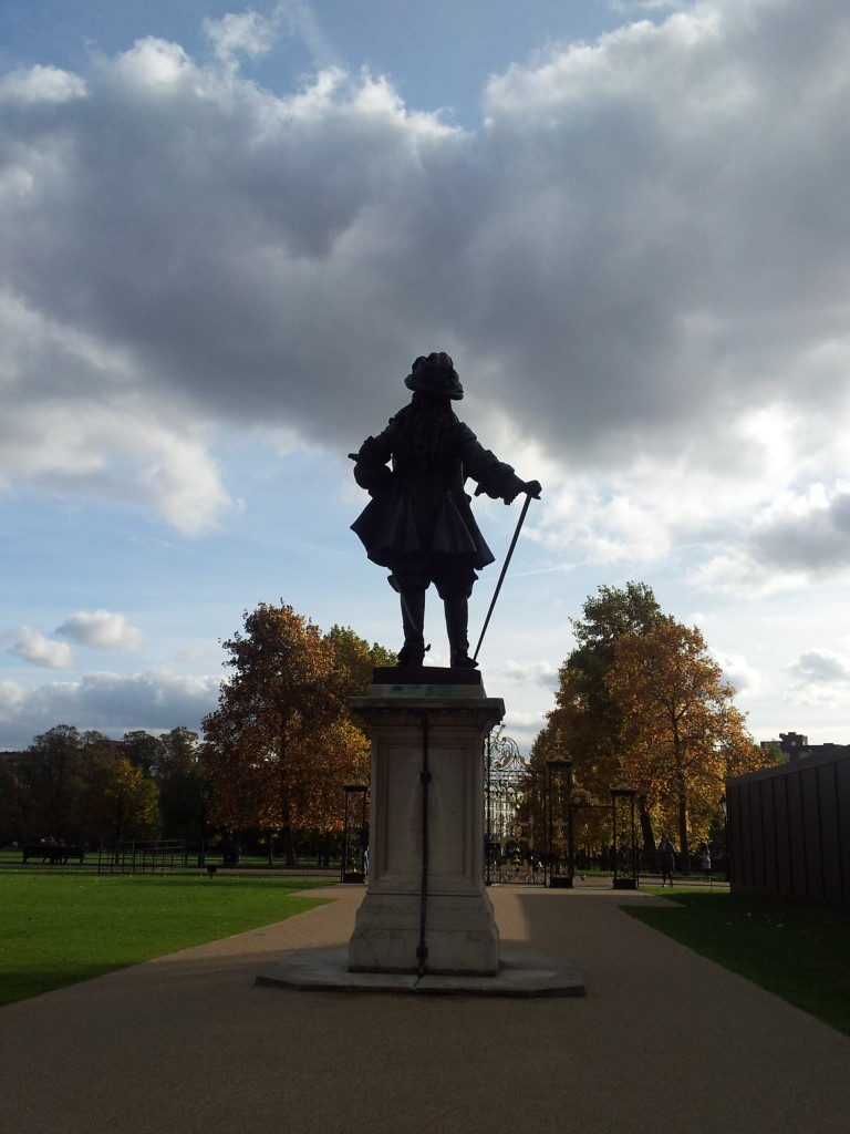 William III Statue, Kensington Palace. Photo: Andrea Zuvich