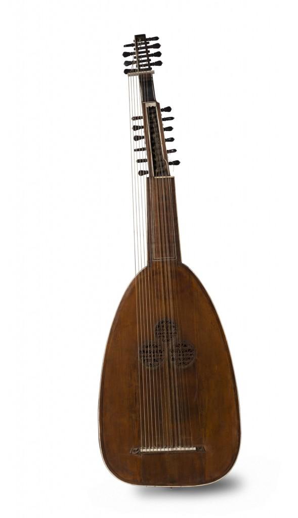 Guitar, Italian, 17 century, © Horniman Museum and Garden, Dani Tagen